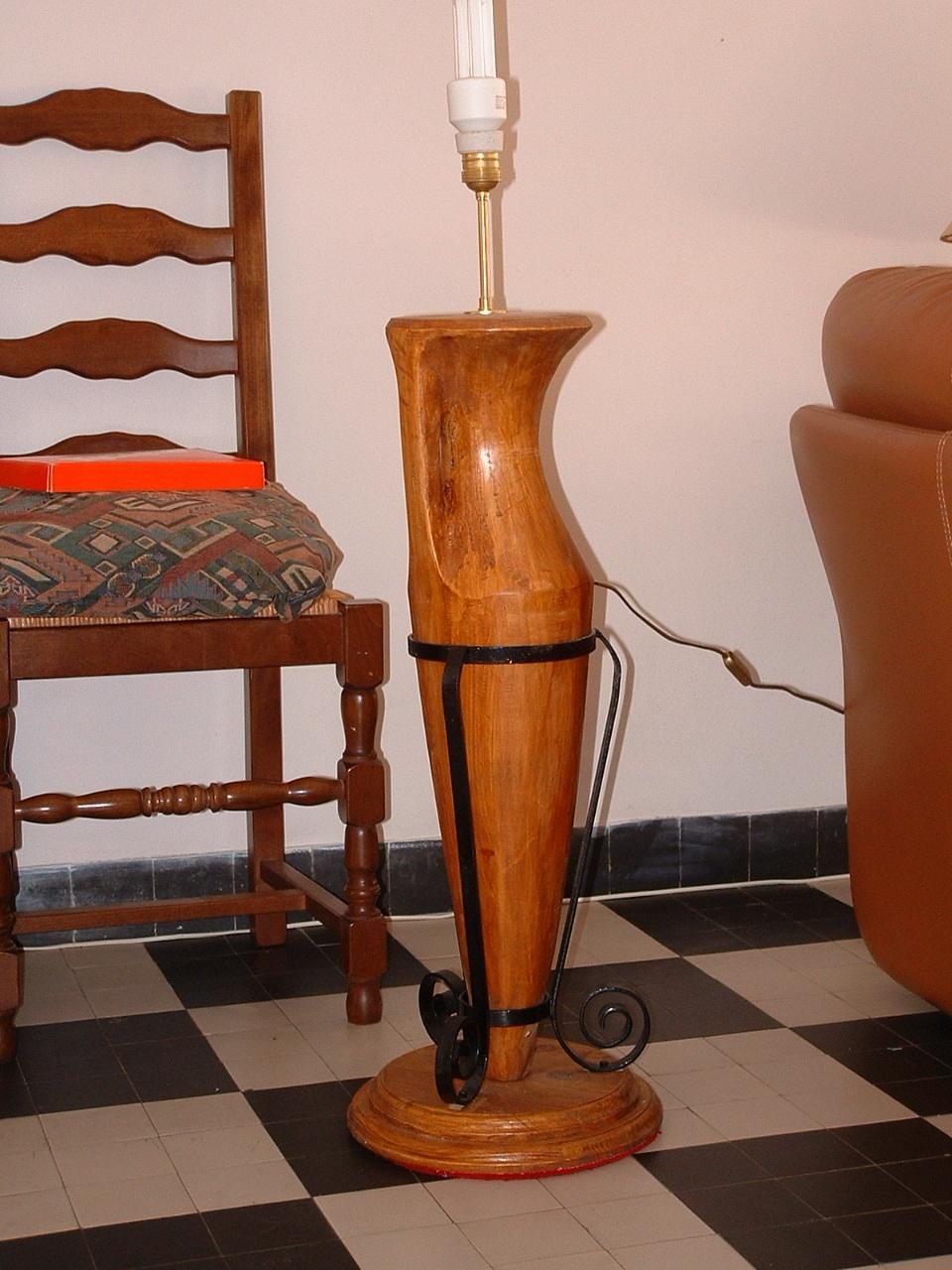 Pied de lampe amphore 2005 80x15