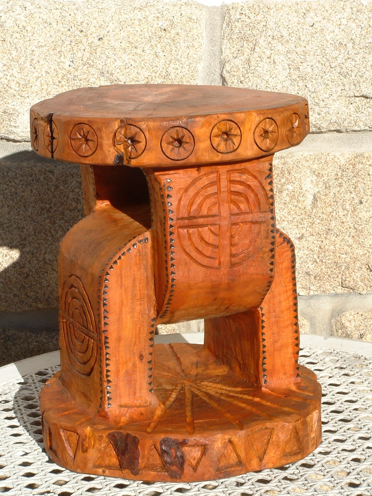 tabouret africain 2007 45x30